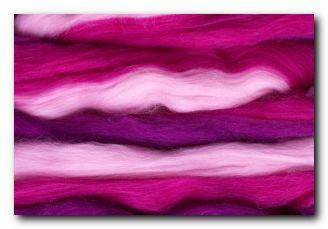 Mehrfarbiger Kammzug - pink